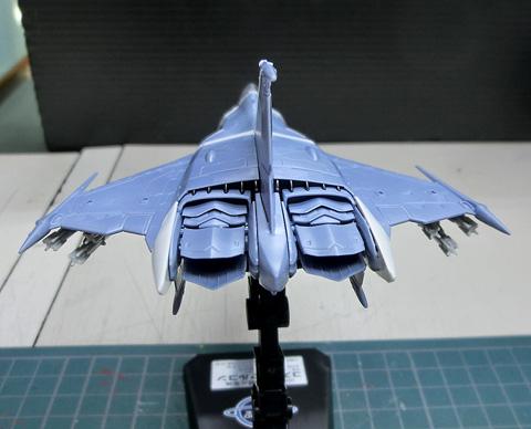 1/72 99式空間戦闘攻撃機 コスモファルコン 加藤機 プラモデル サンプル製作レビュー タギミ