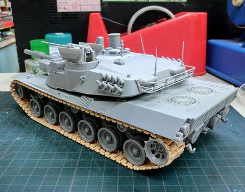 1/35 アメリカ/西ドイツ MBT-70(Kpz.70)試作戦車 プラモデル サンプル製作レビュー タギミ