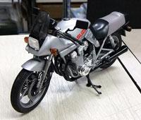 タミヤ 1/12 スズキ GSX750S カタナ