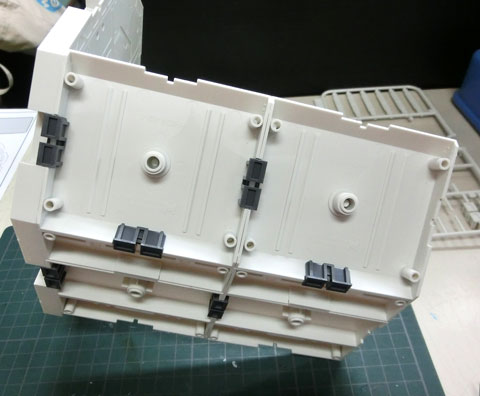 H・ハンガー オクタゴン ホワイト プラモデル サンプル製作レビュー タギミ